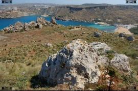 menhir Malta e costruttori tempio megalitico localita Gnejna Bay beach Malta